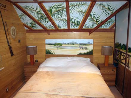 Safari Themed Mural Painted In A Boy S Bedroom