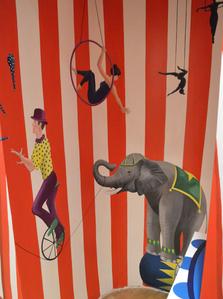 Circus mural in children s playroom for Circus wall mural